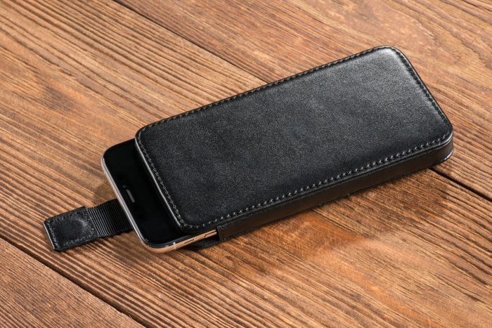 universal cases - movear pocketcase c+ m smooth leather black - 7 - krytaren.sk